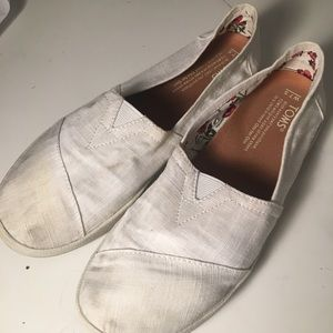 WOMENS WHITE TOMS